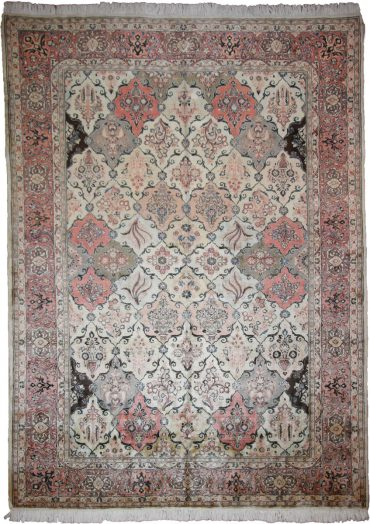 Antique Persian Sarouk 7 x 10 in Ivory/Red