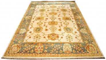 Oushak Egyptian 12 x 14 in Ivory/Medium Blue
