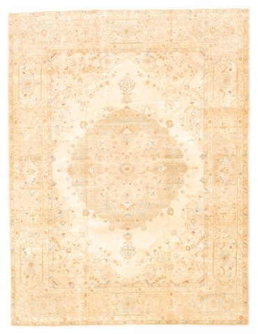 Pakistan Tabriz 8×11 in Beige/Wheat